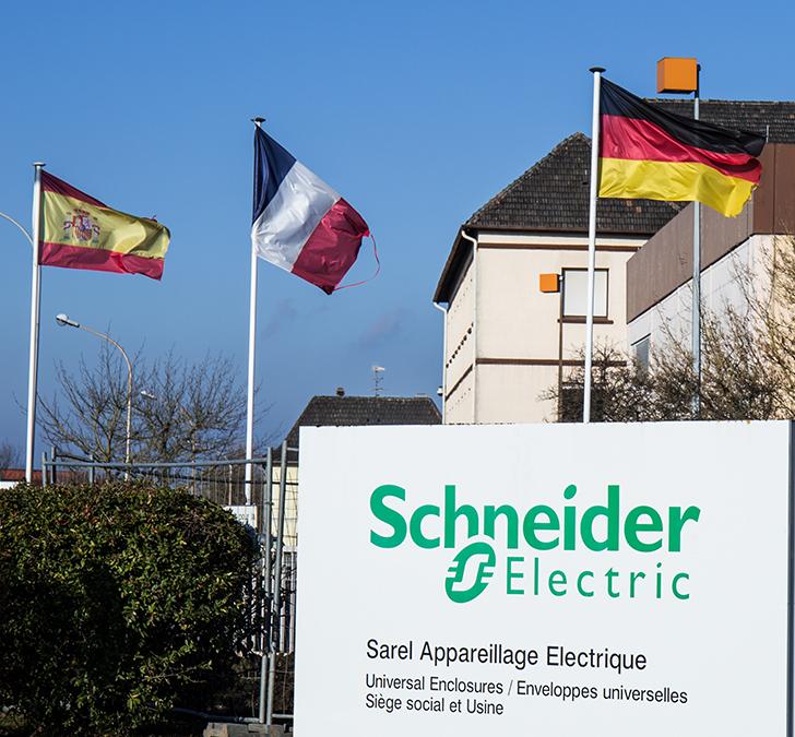 PROXIA Anwenderbericht Schneider Electric 13